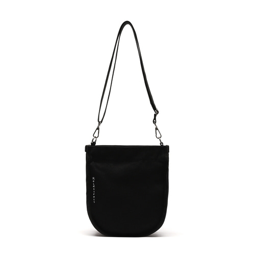 HALF MOON MINI CROSS BAG (BLACK)