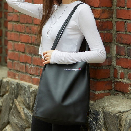 [하트로고라인]MUGUNGHWA SHOULDER BAG (BLACK/LUV CRUSH)